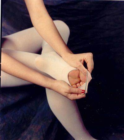 27 Undeniable Signs that you were a dance kid:   They forgot bunions, nowhere is safe from a spontaneous tendu, plié or stretching,  an empty room or a field is an irresistible invitation to do a grand jeté combination, among others..