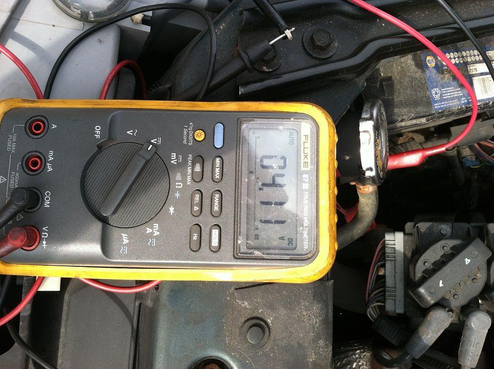 Testing a bad car battery Car battery, Car, Battery testing