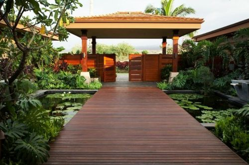 Koi Teich Im Garten Anlegen Ein Extra Furs Asiatische Ambiente