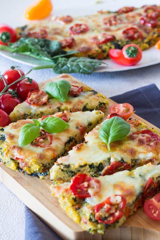 Polenta-Pizza mit Spinat und Tomaten - ein schnelles Rezept für Kinder #vegetarischerezepteschnell