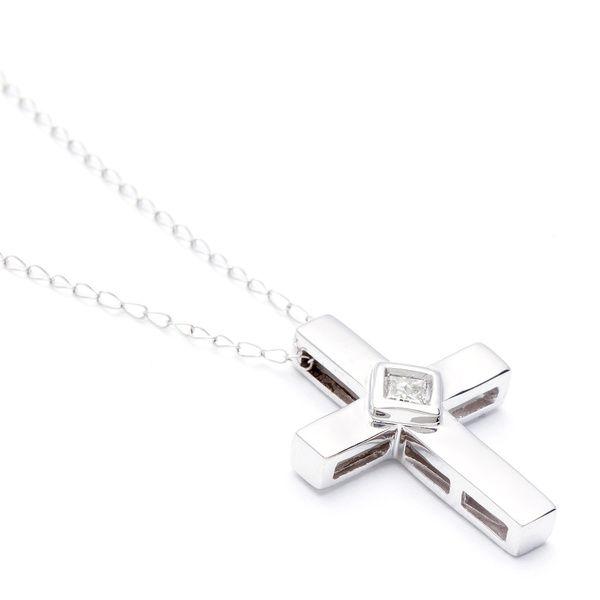 Montebello 10k White Gold Diamond Accent Cross Necklace (H-I, I1-I2)
