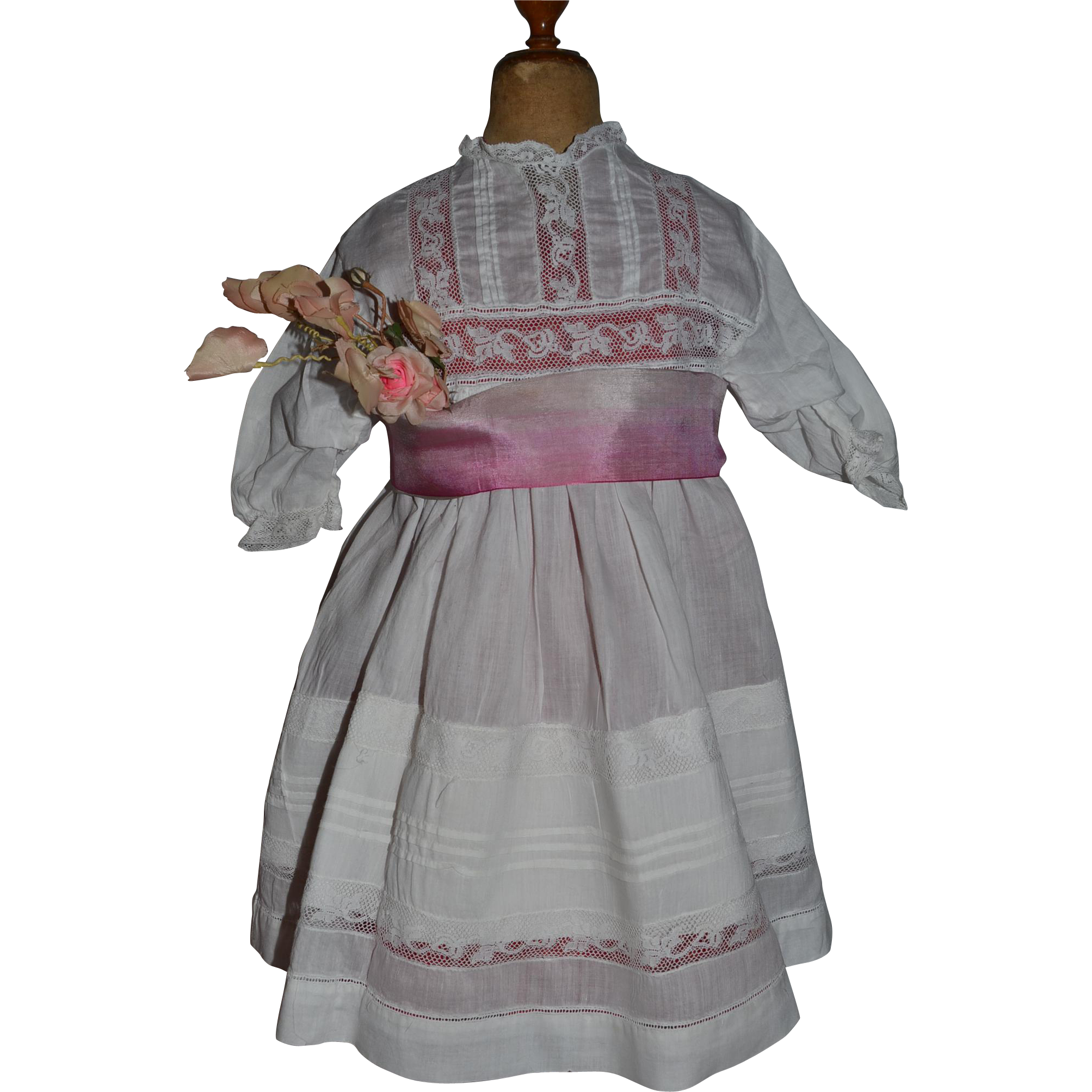 Original antique dress, It is for a 29 to 32  german or french antique bisque doll. Ideal to fit bebe Jumeau,  size 14. The dress measures length