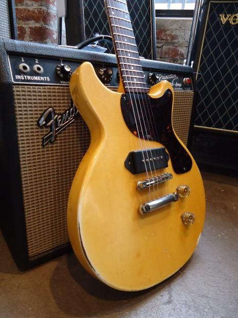 gibson les paul jr double cut away 1987 tv yellow reverb. Black Bedroom Furniture Sets. Home Design Ideas
