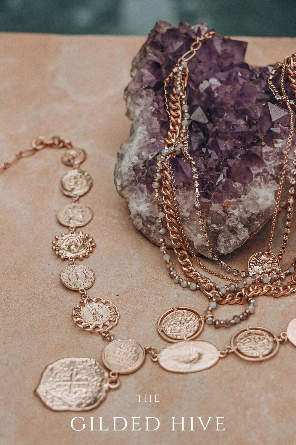 #bohotrends #bohojewelry #statementjewelry #fallfashion #fall #accessories #goldchain #goldcoinnecklaces