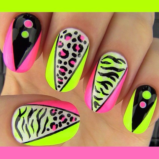 Sara On Instagram New Video Party Nails Collaboration With Elleandish She Makes Amazing Nail Art Tutorials So Check Party Nails Nails Nail Art Tutorial