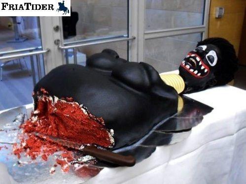ha, e isso que o corte do bolo começou adivinha aonde...