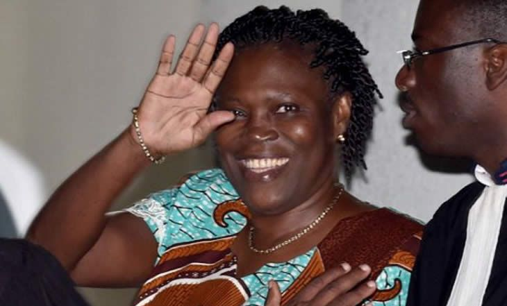Cour d'Assise d'Abidjan: Simone Gbagbo conteste l'élection d'Alassane Ouattara - 22/02/2015 - http://www.camerpost.com/cour-dassise-dabidjan-simone-gbagbo-conteste-lelection-dalassane-ouattara-22022015/?utm_source=PN&utm_medium=CAMER+POST&utm_campaign=SNAP%2Bfrom%2BCamer+Post