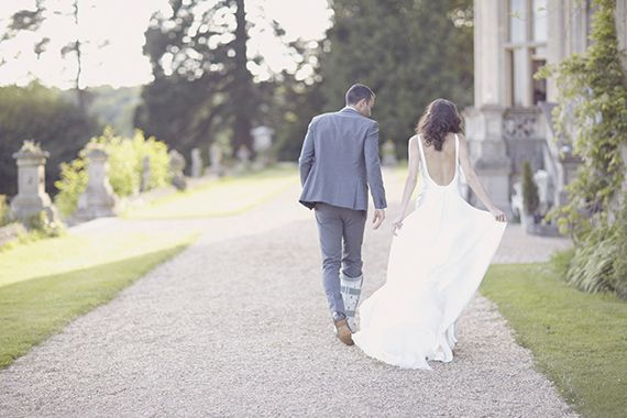 Suzanne Neville Wedding Dress Photo By Natalie J Weddings Read More Http