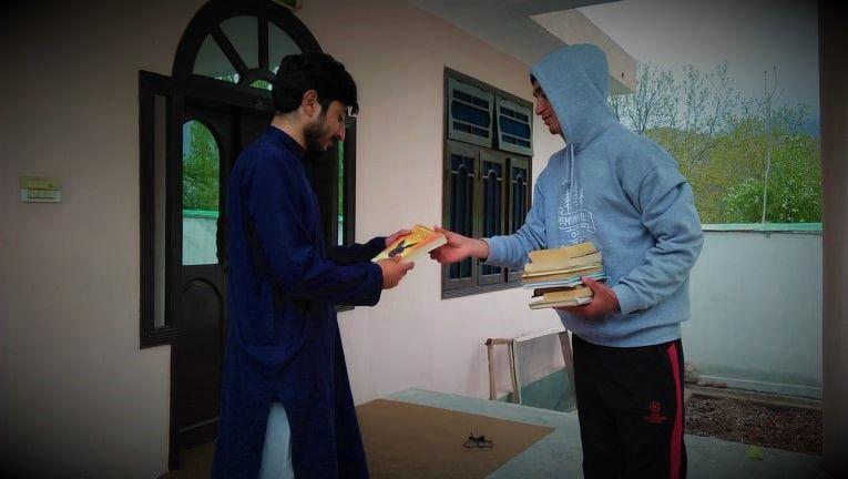 Team SEF distributes books in Buni, Upper Chitral