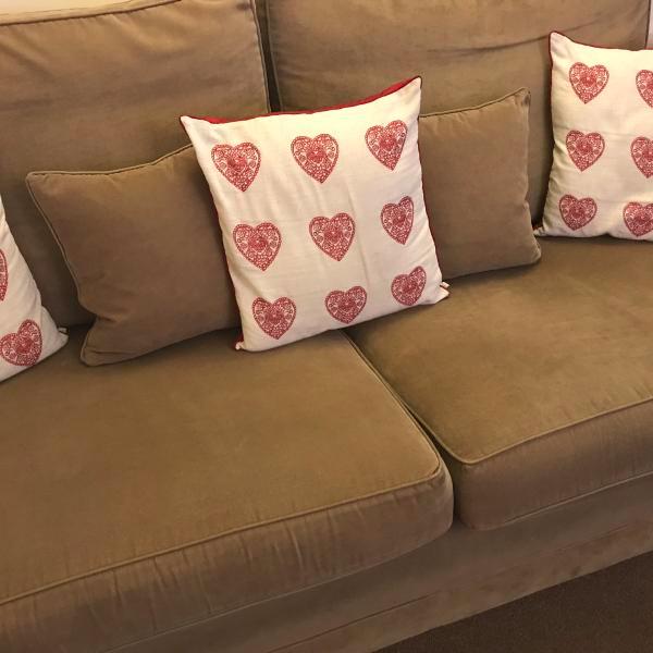 Pin By Kittyk On Likes Loves Foam Sofa Foam Cushions Settee Sofa