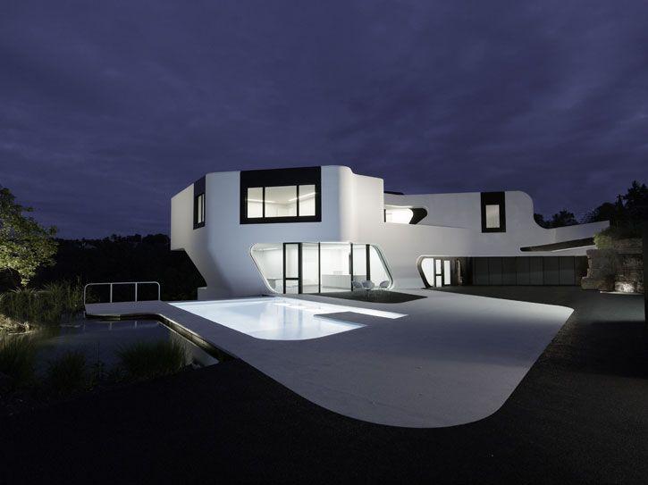 The Most Futuristic House Design In The World Futuristic Home Architecture Design Architecture