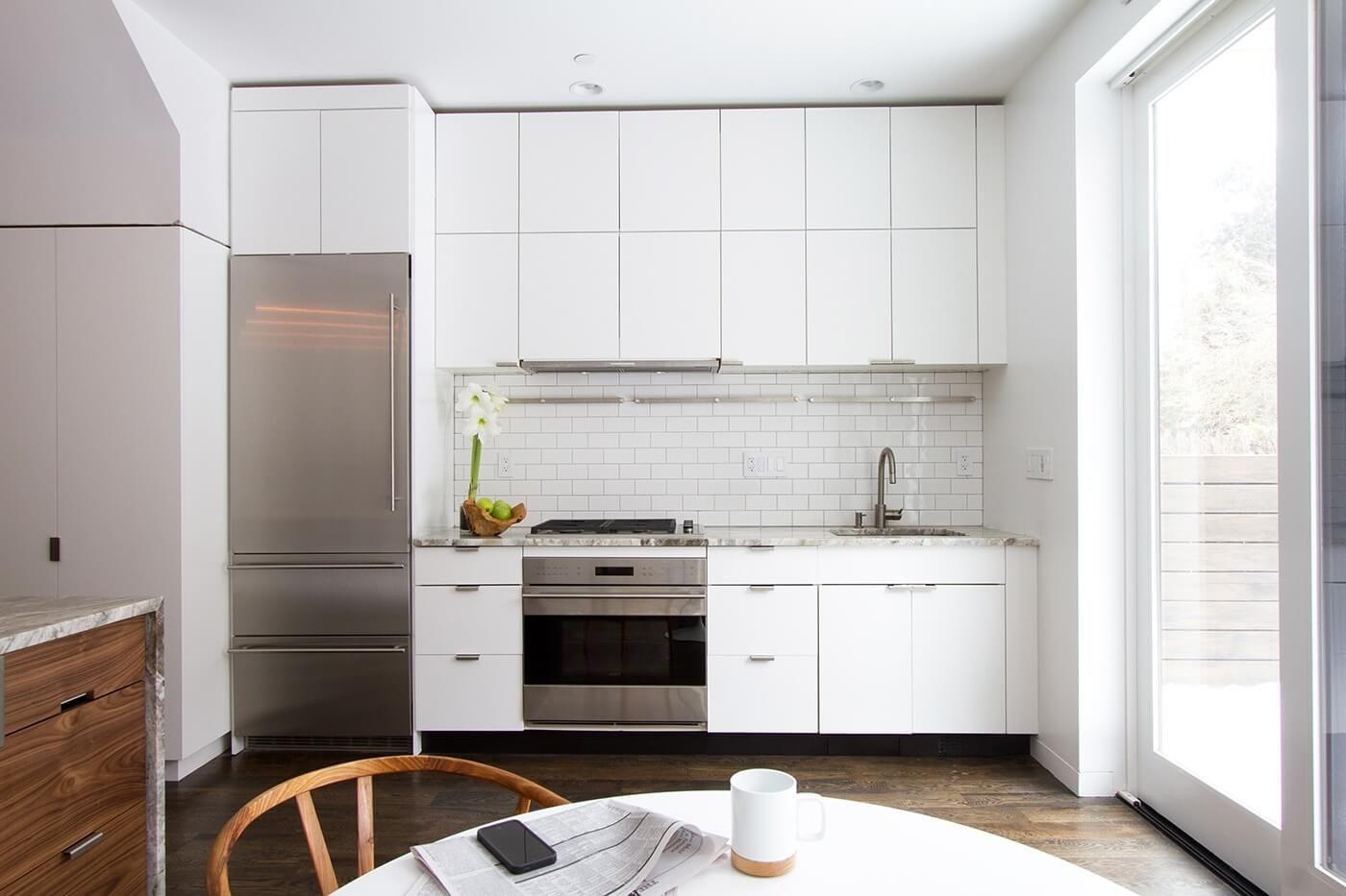 Black Toe Kick Kitchen Tiles Design White Modern Kitchen Backsplash For White Cabinets