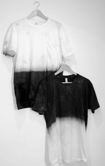 69ce8a4d92 Simple dip-dying plain t-shirts is striking. Black   White