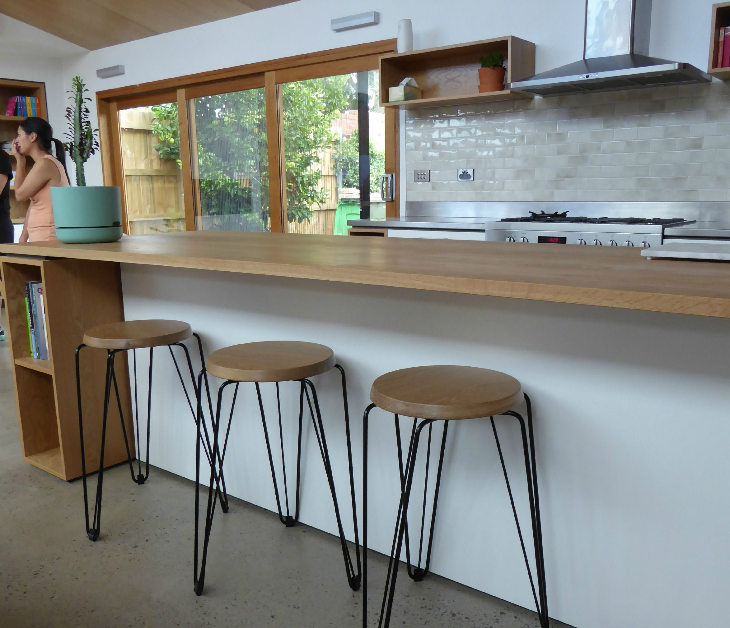 American Oak kitchen benchtop in a Cantilever Interiors kitchen ...