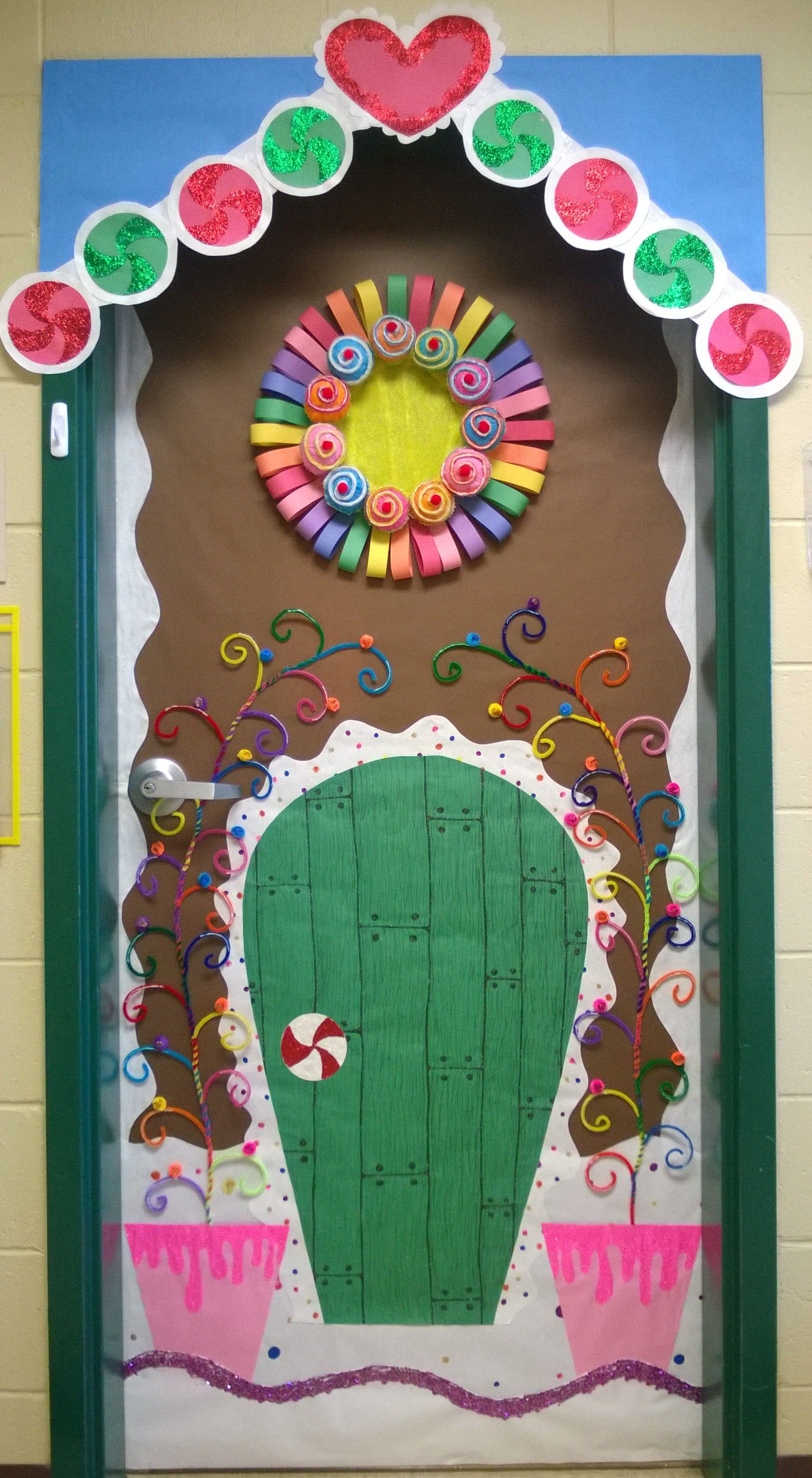 Gingerbread house door Christmas classroom, Christmas