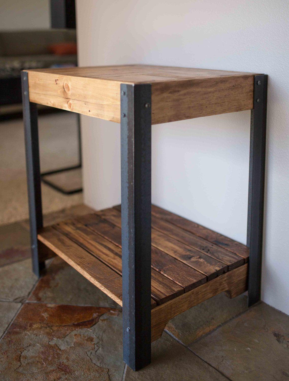Pallet Wood Side Table With Metal Legs And Lower Shelf Jonny S  # Table Tele En Fer Forge