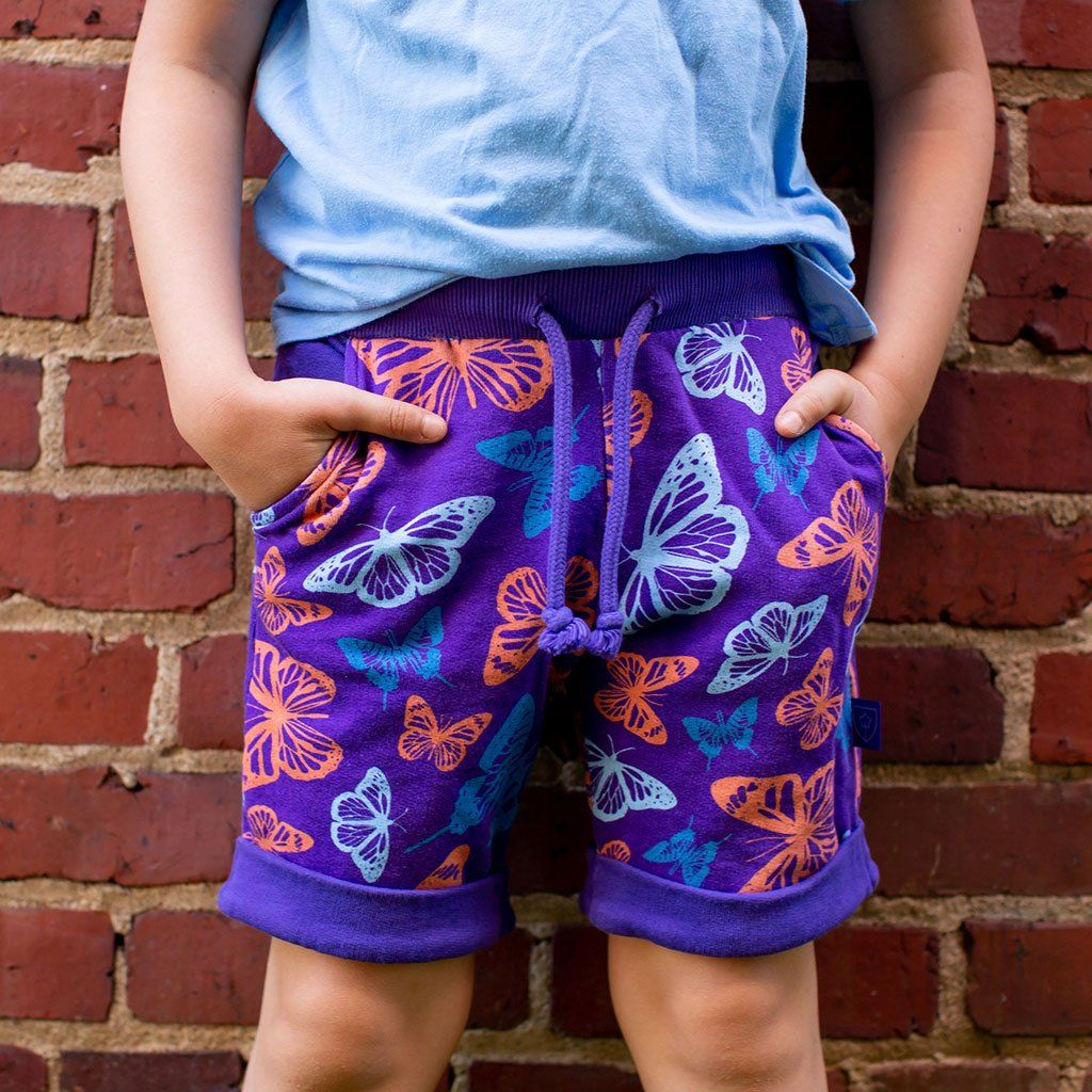 Colorful Butterflies Flowers Mens Beach Shorts Swim Trunks Stripe Quick Dry Casual Polyester Swim Shorts