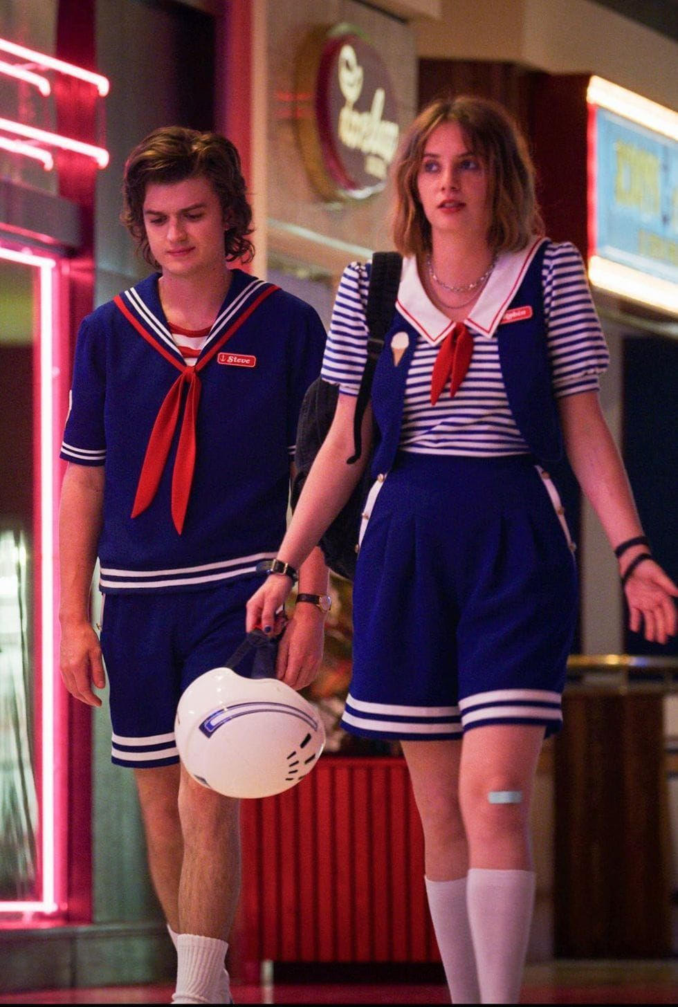 Couples Costumes: 41 Easy Ideas for Couples Halloween Costumes – – Stranger things