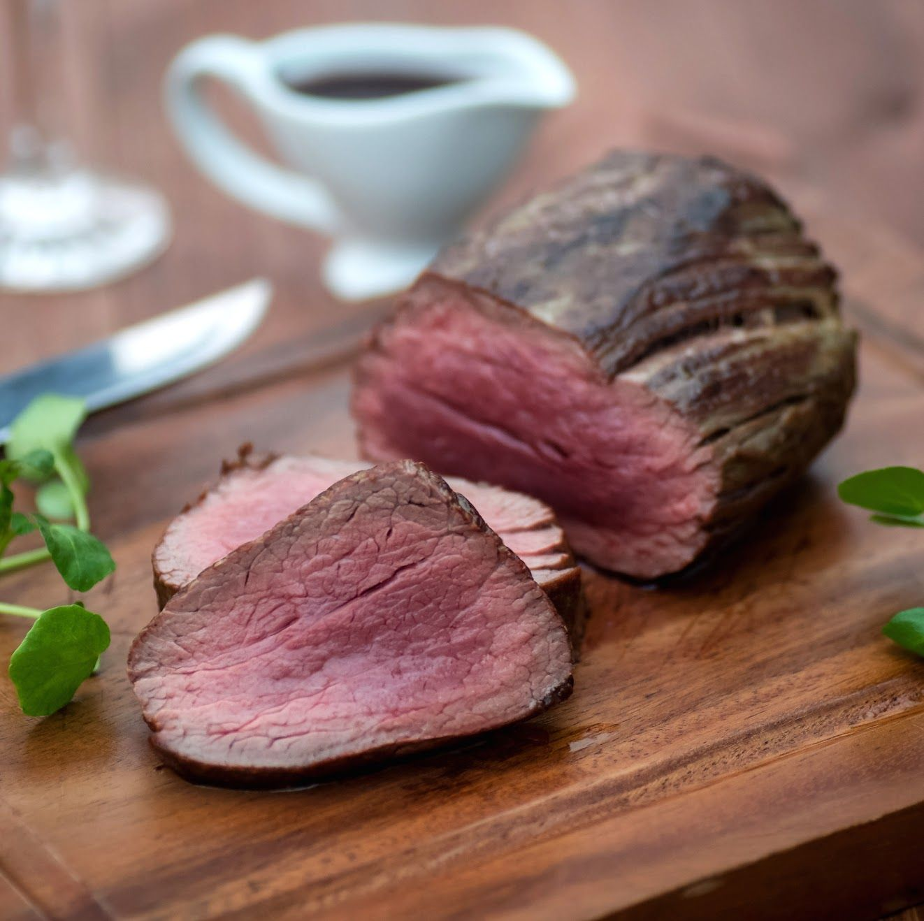 This Pure Fillet Joint Promises Deliciously Tender Beef Perfect When Paired With This Rich Bordelaise Sauce Making In 2020 French Food Bordelaise Sauce French Dishes