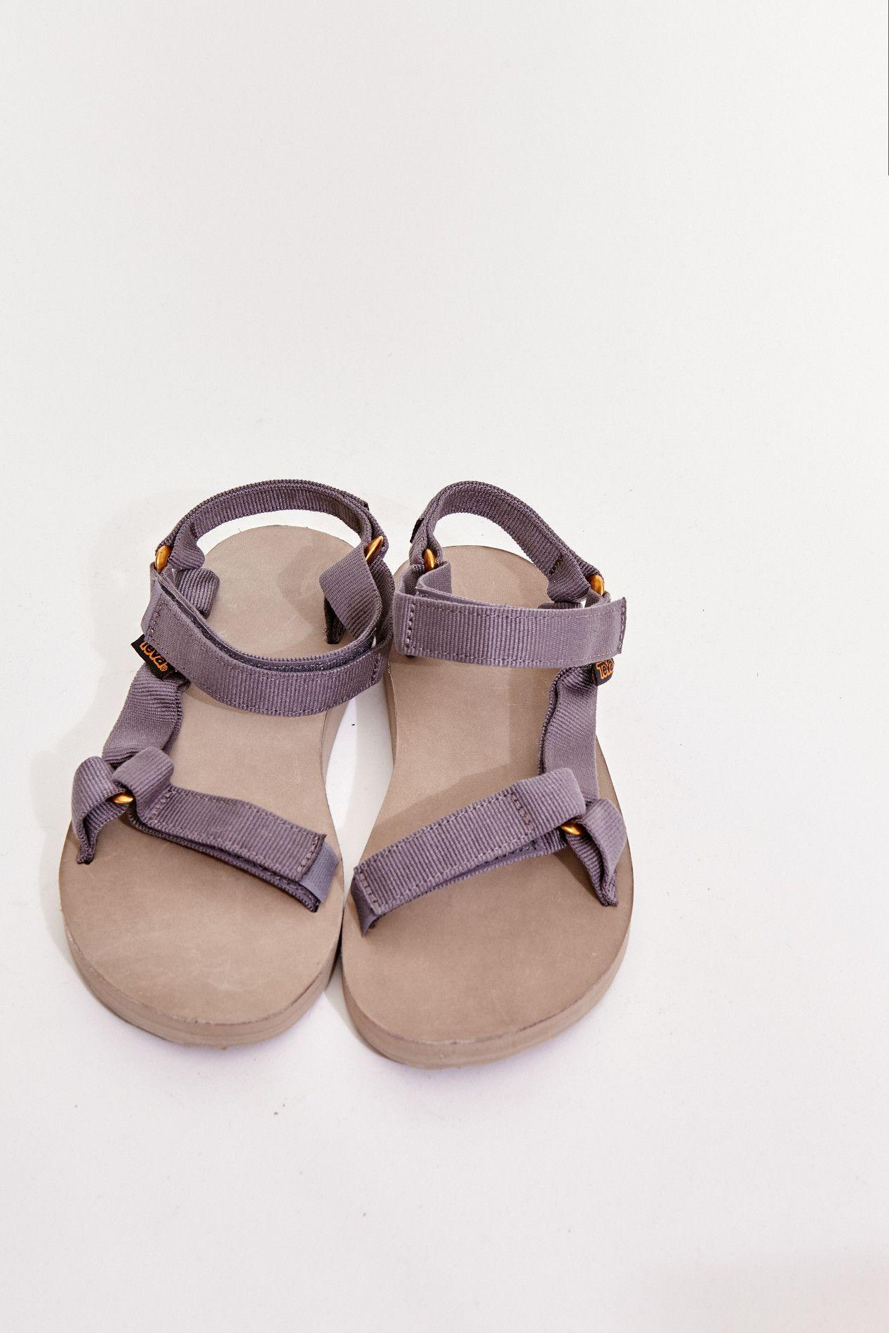 Teva Original Universal Sandal | Sock shoes, Hiking outfit