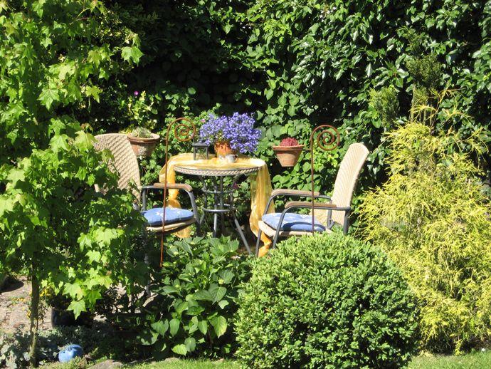 Kleine Sitzecke - Wohnen und Garten Foto Garten Pinterest - sitzecke im garten mit steinmauer