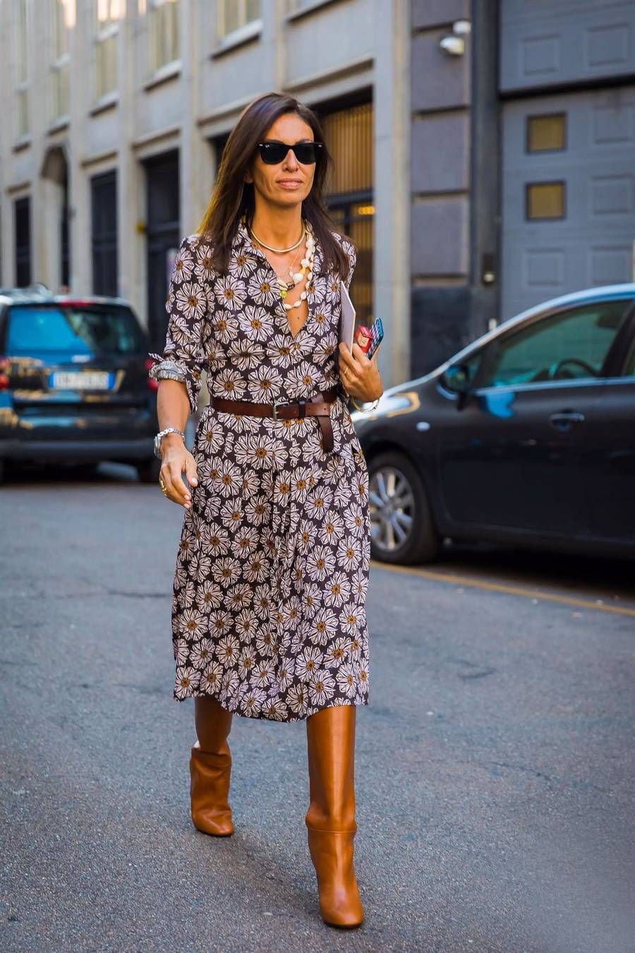 6 Chic Work Outfits That Require Only 2 Items