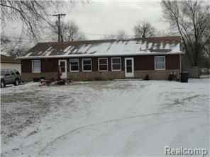 Shelby Township Michigan Ranch Duplex For Sale Just 159 500 Act Fast Duplex For Sale Real Estate Real Estate Brokerage
