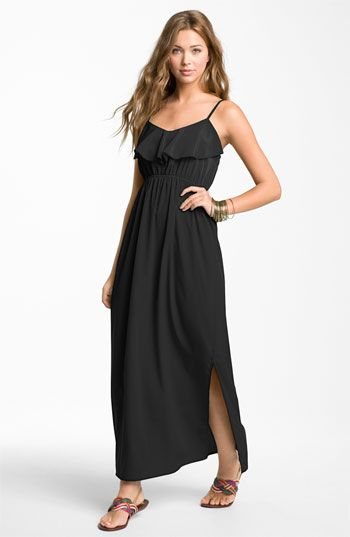 Love this maxi dress. So easy to wear in the summer. The length is perfect too.