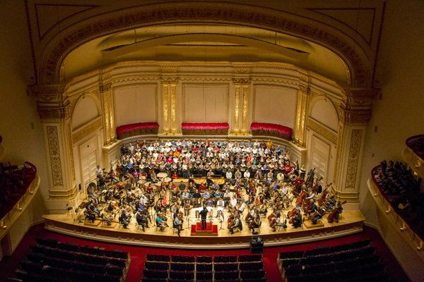 Muti Cso Open Tour With Lusty Carmina Burana At Carnegie Hall Carnegie Hall Chicago Symphony Orchestra Songwriting Inspiration