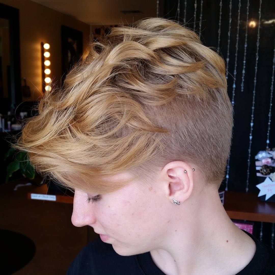 most gorgeous mohawk hairstyles of nowadays blonde pixie