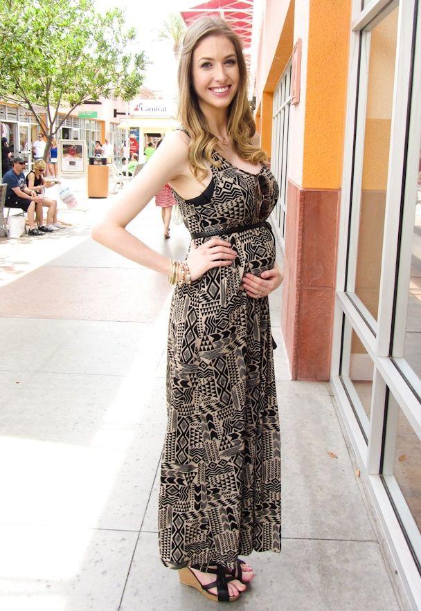 502560b2b45 pregnant  pregnancy  maternity  woman  fashion