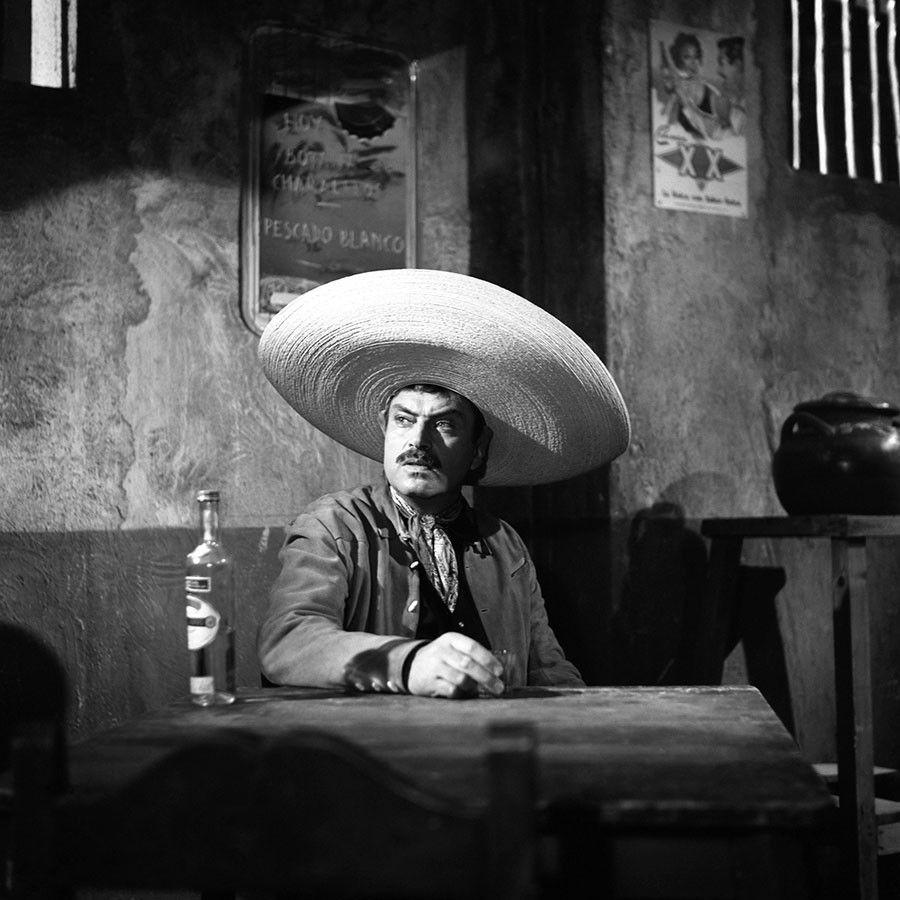 Pedro En La Cinta Sed De Amor 1958 En 2020 Cine De Oro
