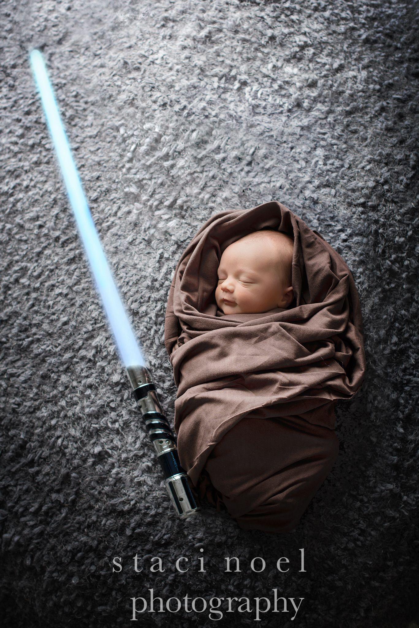 efd559aaaf5 newborn photography Star Wars session