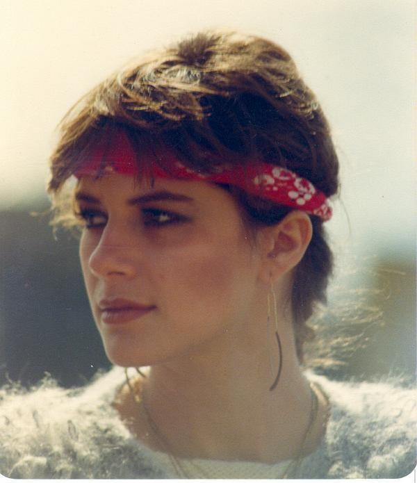 80s Headband Hairstyles  ddde76976cd