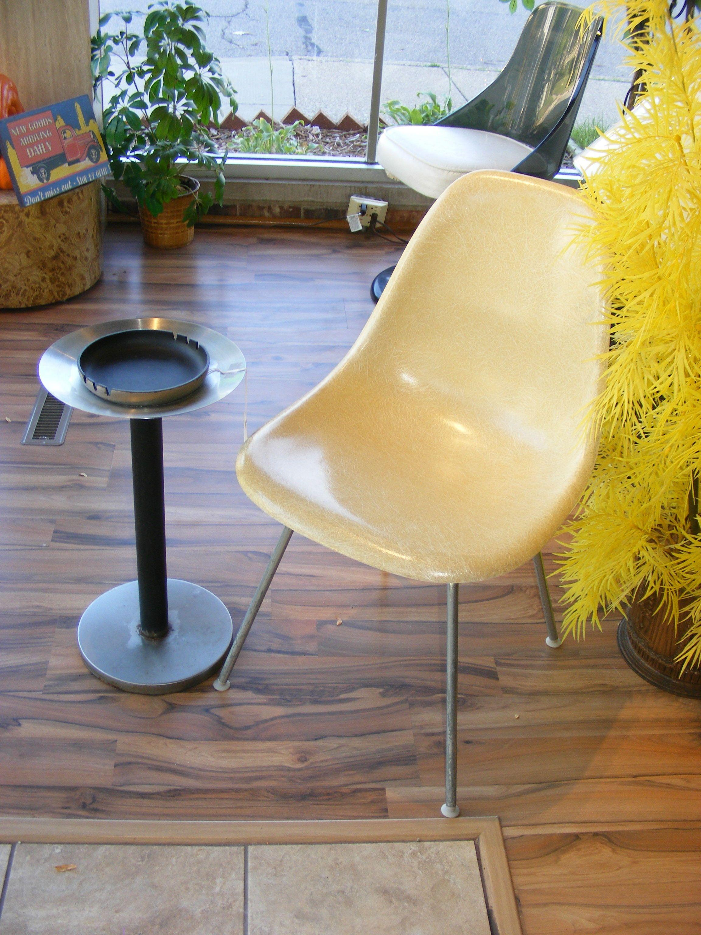 Eames Side Shell Chair~! — at Retro Kalamazoo.