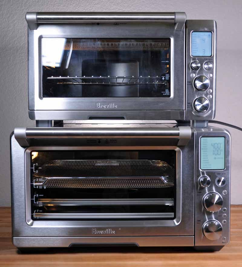 The Breville Bov900bss Smart Oven Air Countertop Convection
