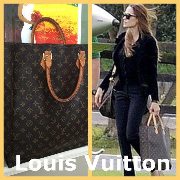 8e59026fc86b Louis Vuitton Sac Plat Authentic Louis Vuitton Monogram Sac Plat bag  features the iconic monogram canvas