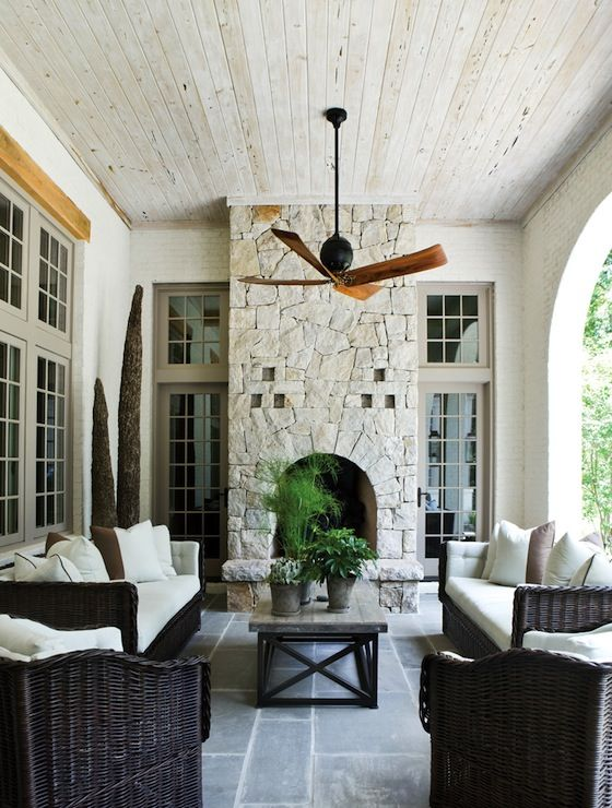 Love this back porch!