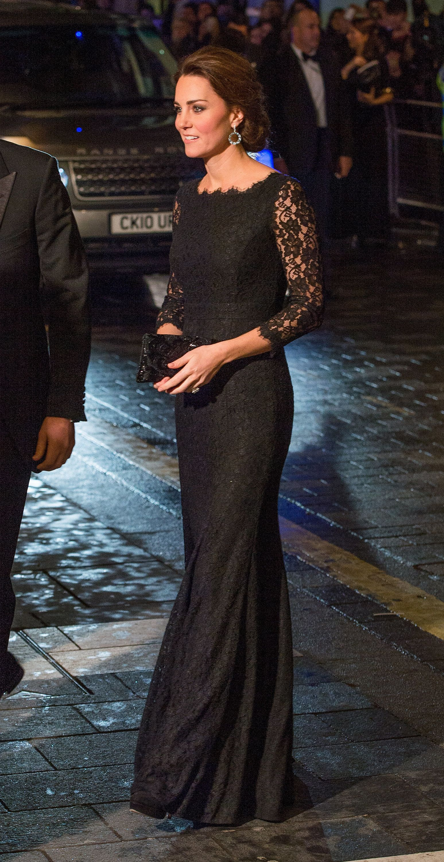 Lace ud pure elegance every time november royals and kate middleton
