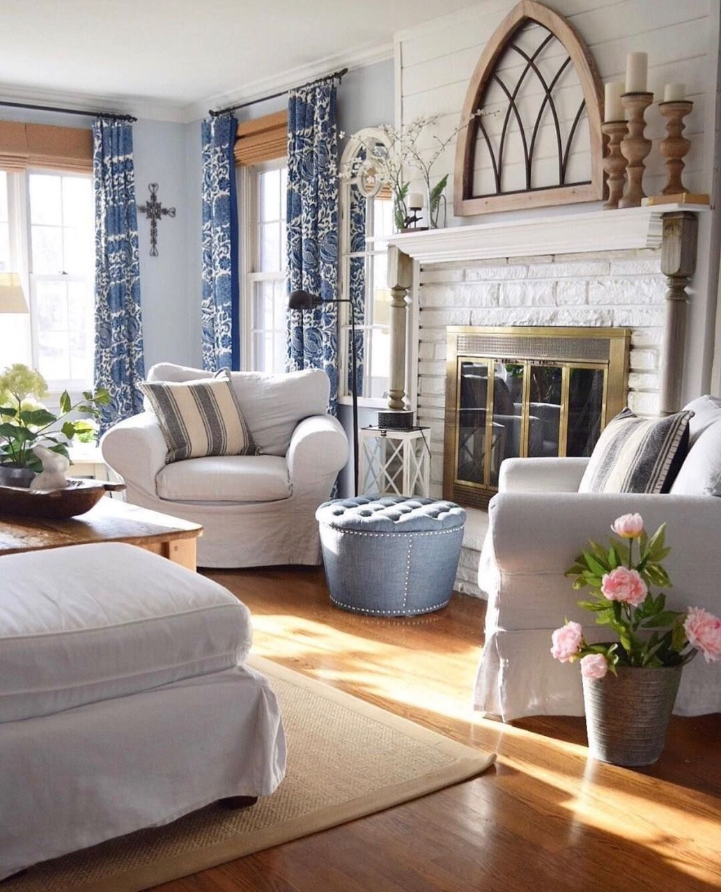"""""""never tire of the blue and white""""  french country living"""