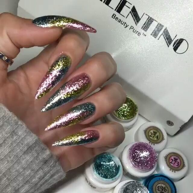 ✌✌ @margaritasnailz✌✌ ✨✨✨ @vetro_usa @valentinobeautypure #teamvalentino #valentinobeautypure #MargaritasNailz #dustfreelife #teamvetro #gelnails #stilettonails #nailart #dopenails #vetrogel #nailpromagazine #nailfashion #nailcandy #nails #glitternails #instarepost20