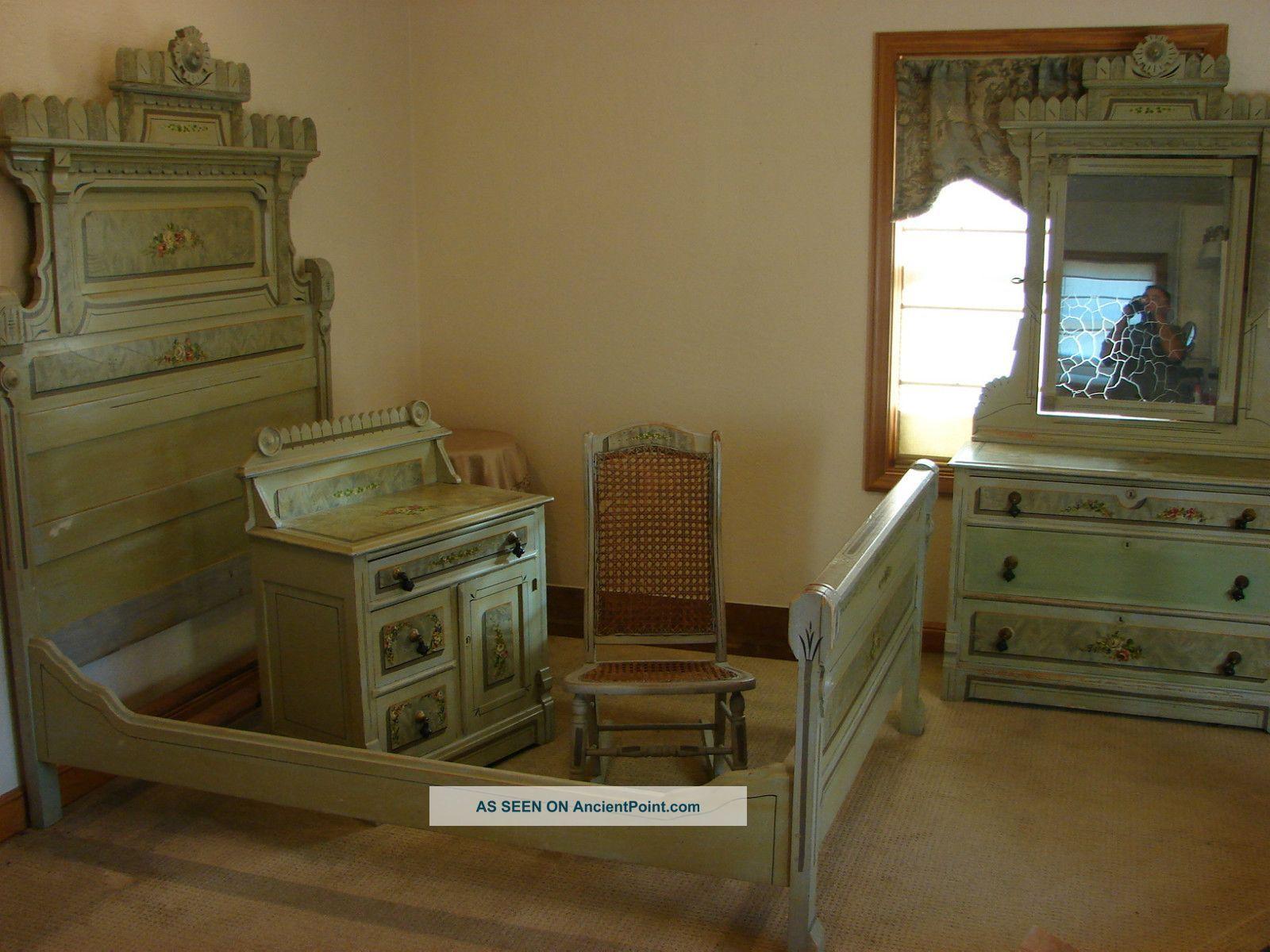 1880 S Antique Victorian 4 Piece Cottage Painted Bed Room Set 1800