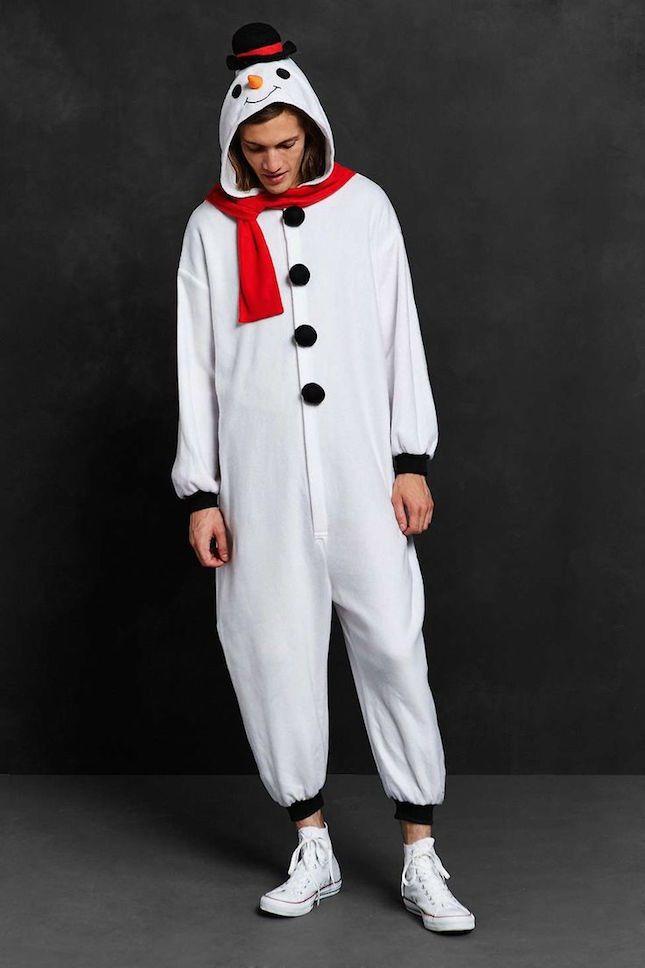 Snow man costume ded31c00ecbf714416fa1007eee8e1b4