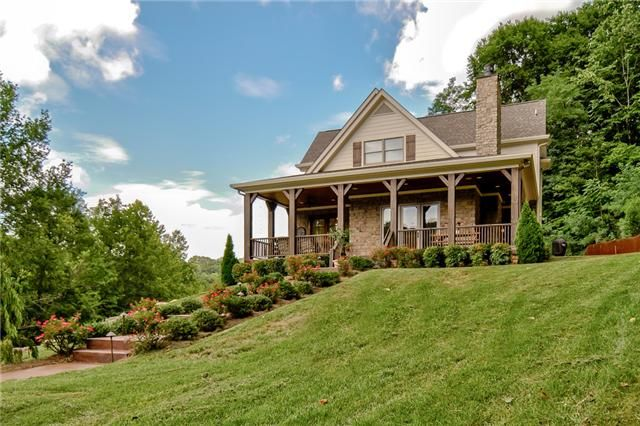 Such a gorgeous home located at 3705 Pishon Trail Franklin, TN #luxuryhome #southernliving #FranklinTN #WilliamsonCounty #homesweethome #home