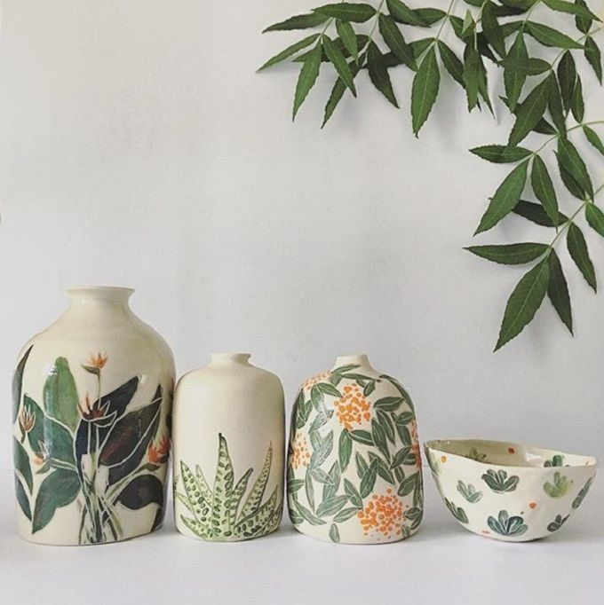 Botanical Ceramics By Ayesha Aggarwal Artisticmoods Com Pottery Painting Designs Pottery Painting Pottery Designs