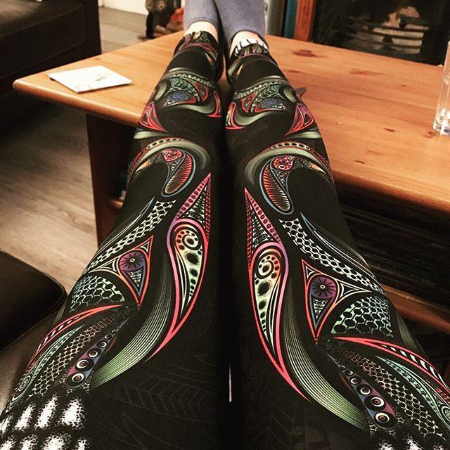 11cf2600c4c86c Ornamental Skull Leggings Love my seriously sexy running leggings #gearbunch  #running #psychedelic #thisgirlcan