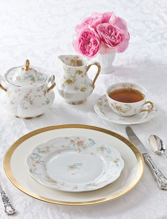 The Complete Table: Setting the Table with Family Heirlooms ...