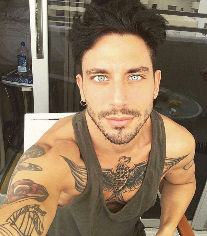 Pin by Adriana Salazar on Guys Blue eyed men, Beautiful