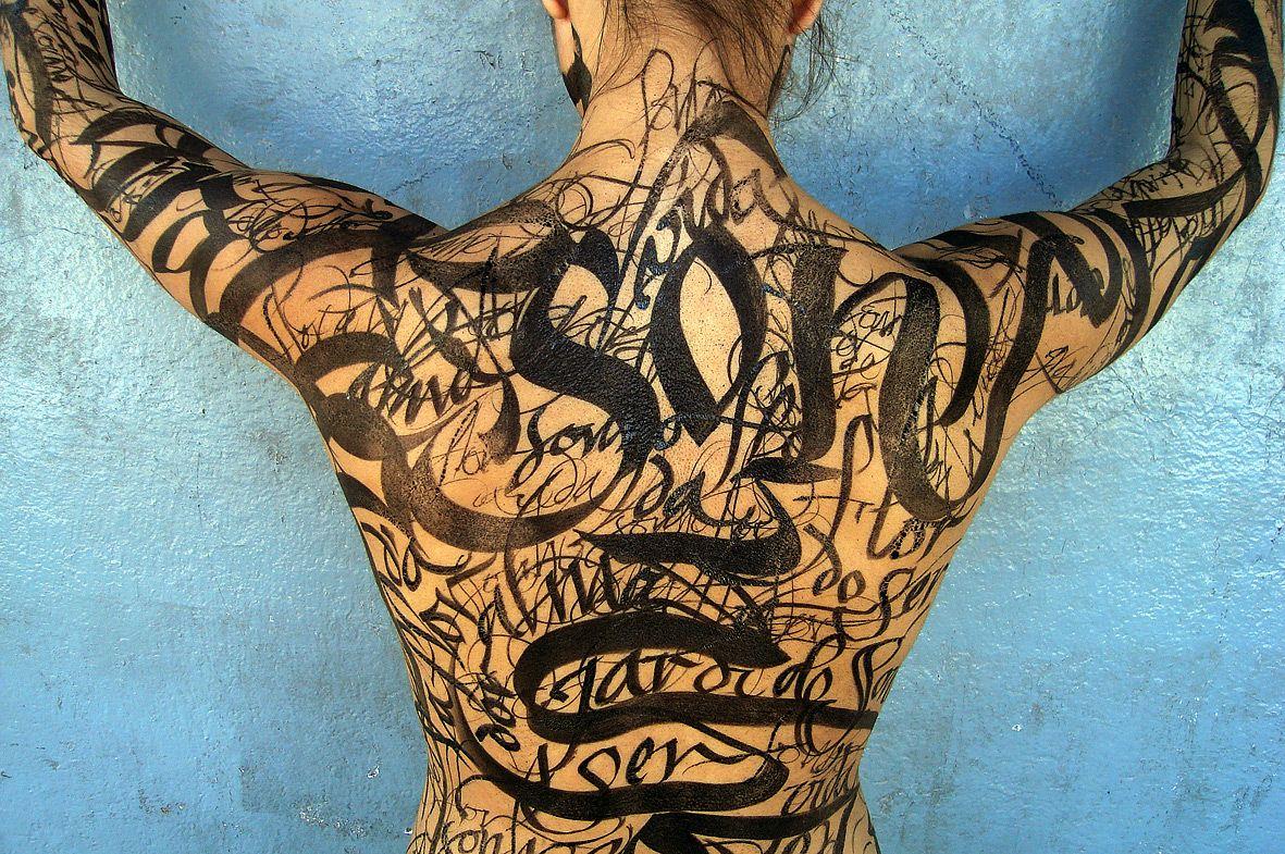 #Calligraphy by Cláudio Gil #Body #Art