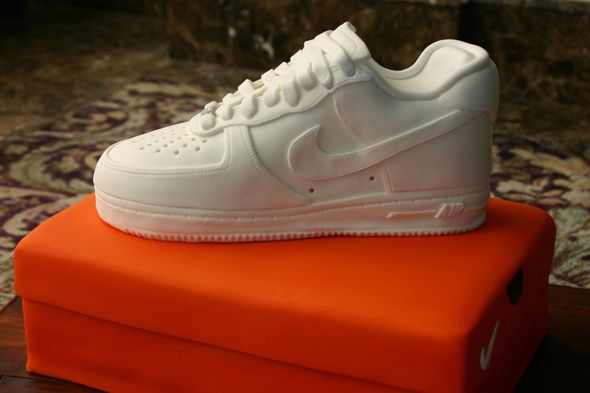 new style 71c61 dd940 Nike Air Force One Low Cake.